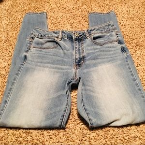 American Eagle High Rise Jegging Size 8